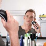 Сухое или влажное бритье электробритвой фото